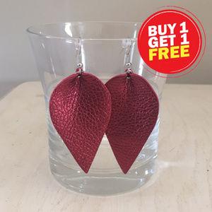 Jewelry - Garnet faux leather leaf earrings